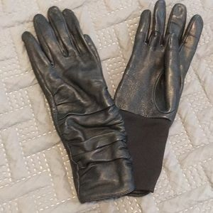Over the wrist leather gloves